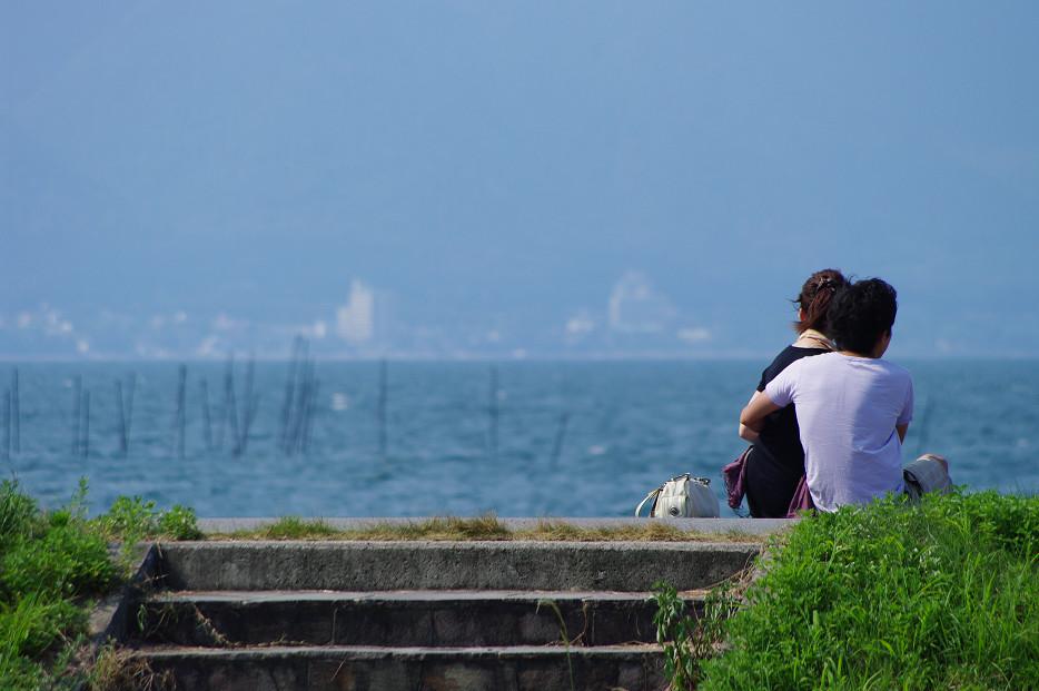 琵琶湖畔で..._f0152550_21235574.jpg