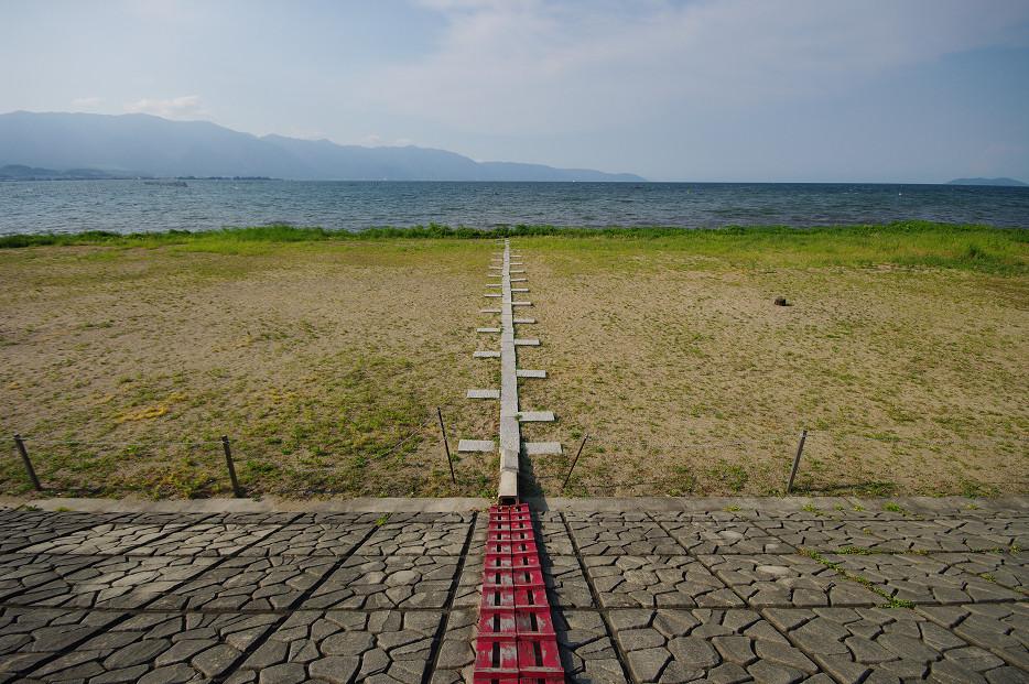 琵琶湖畔で..._f0152550_2125330.jpg