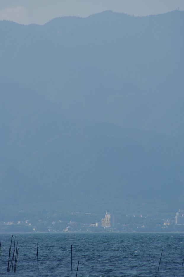 琵琶湖畔で..._f0152550_21255145.jpg