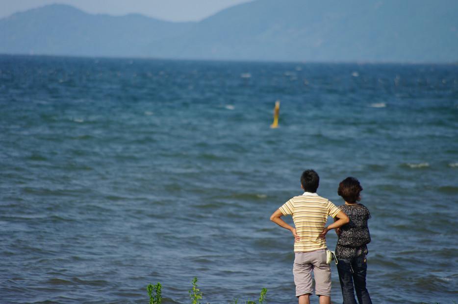 琵琶湖畔で..._f0152550_21263248.jpg
