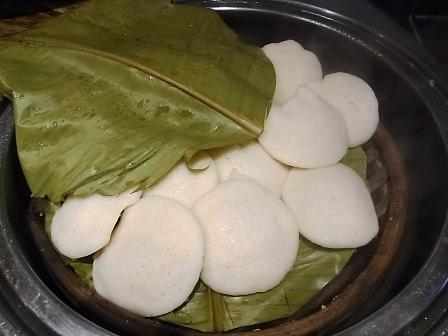 インド通信6 北と南で主食が異なるインド料理_a0138976_22582553.jpg