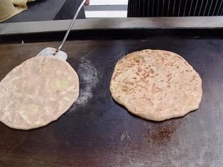 インド通信6 北と南で主食が異なるインド料理_a0138976_233228.jpg