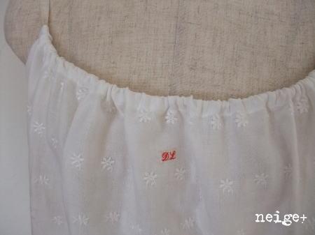 刺繍入りダブルガーゼのスカラップキャミ♪_f0023333_11295638.jpg