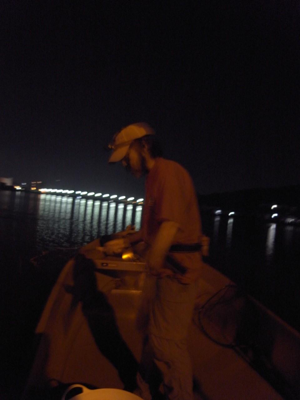 白む浦戸湾を後にして。_c0153951_15154227.jpg