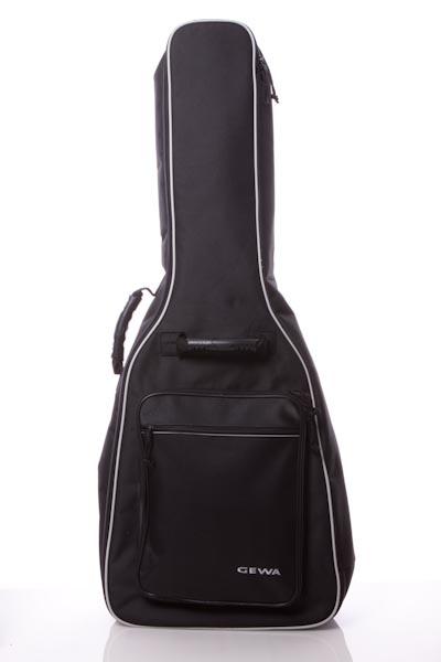 クラシックギターを買いました。_b0128294_21241623.jpg