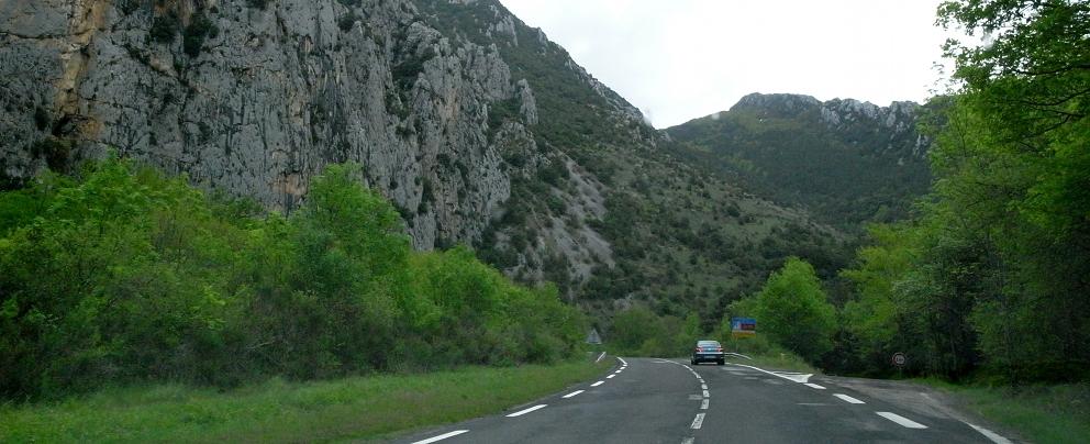 南仏の車窓から_b0108109_18105374.jpg