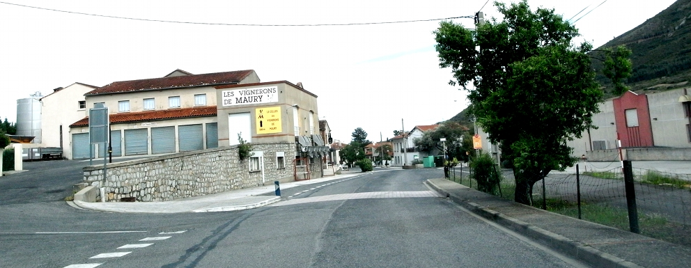 南仏の車窓から_b0108109_1814762.jpg