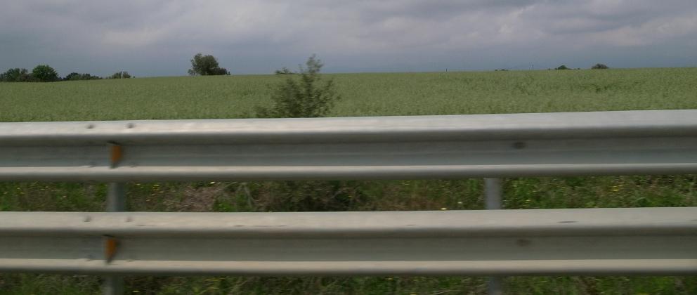 南仏の車窓から_b0108109_183018.jpg