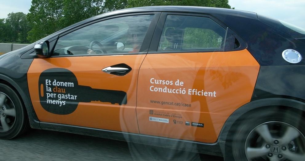 南仏の車窓から_b0108109_18334338.jpg