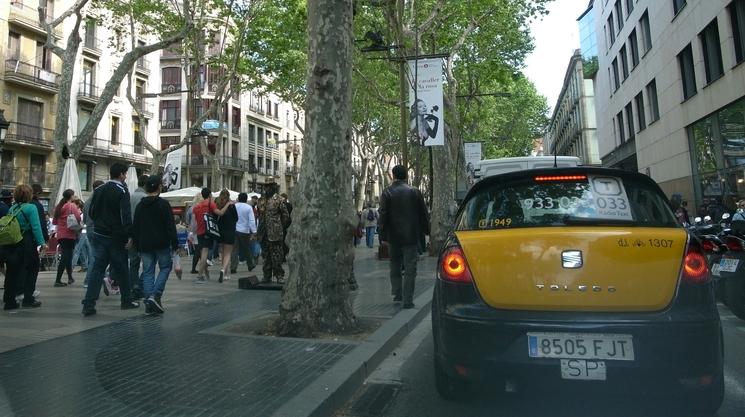 南仏の車窓から_b0108109_18381239.jpg