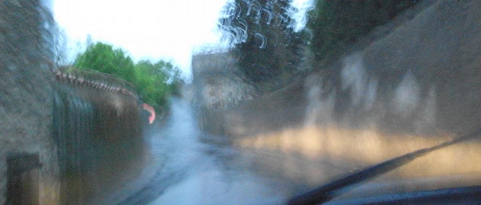 南仏の車窓から_b0108109_1854420.jpg