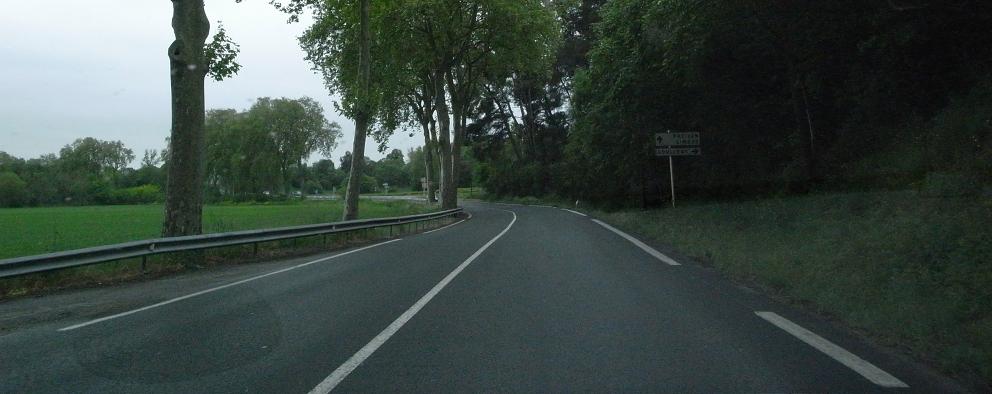 南仏の車窓から_b0108109_1874252.jpg