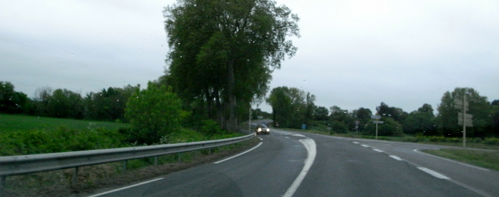 南仏の車窓から_b0108109_1883297.jpg