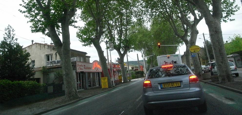 南仏の車窓から_b0108109_1891325.jpg