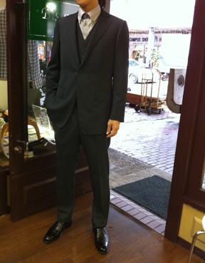 新着スーツ_b0081010_13573636.jpg