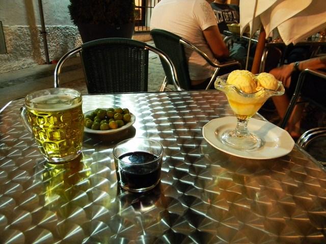 スペインの夏の夜_c0213220_2111169.jpg