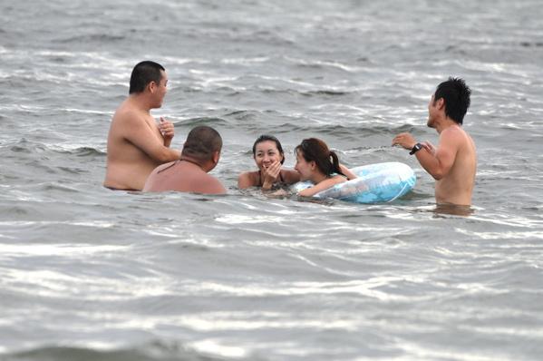 チョコビーチ2010 写真 by 鈴木氏 ーインサイドランナーズと遊ぶー_a0083921_1834277.jpg