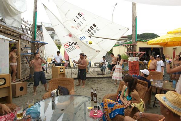 チョコビーチ2010 写真 by 鈴木氏 ーラブマライブとfeat.インサイドランナーズー_a0083921_19271749.jpg