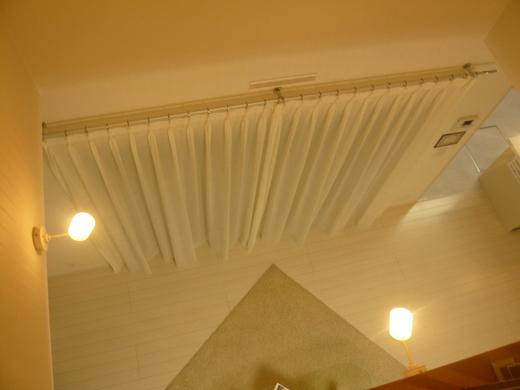 LDの掃きだしのカーテン_c0103137_8331785.jpg