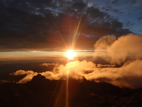 Mt Wilhelm★到着4,509m_e0182138_20145038.jpg