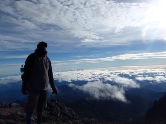 Mt Wilhelm★到着4,509m_e0182138_2016253.jpg