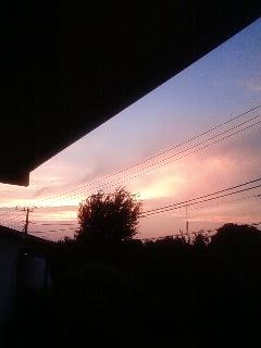 残暑の夕焼け_f0236990_18375285.jpg