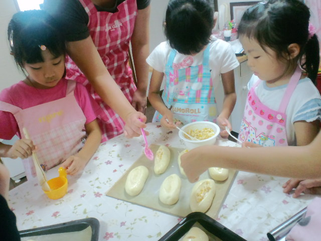 夏休み親子パン教室_c0106100_22102260.jpg