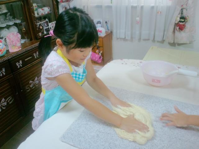 夏休み親子パン教室_c0106100_22102274.jpg