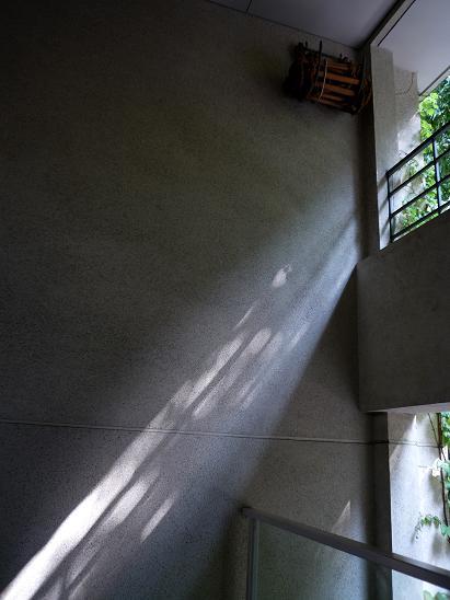 同潤館(の階段) #3_f0155808_22281065.jpg