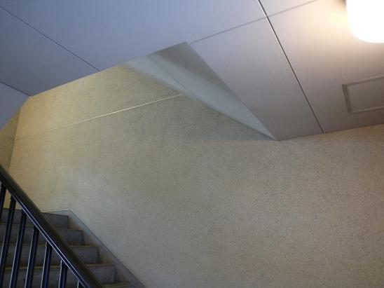 同潤館(の階段) #1_f0155808_9102633.jpg