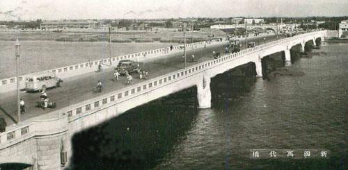 萬代橋誕生祭、こんな万代橋はいやだ!_d0178448_1603363.jpg