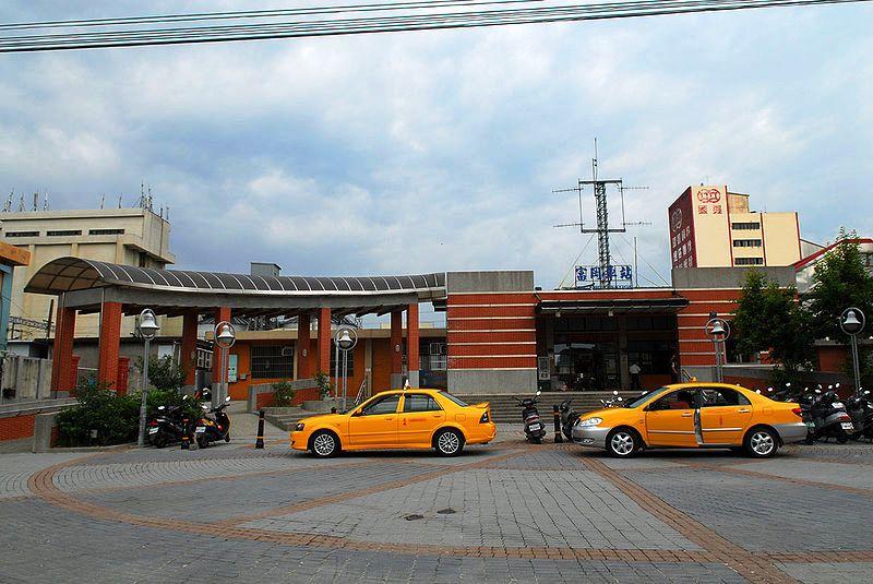 ■台湾の駅1(台北から高雄まで)_e0094583_15551179.jpg