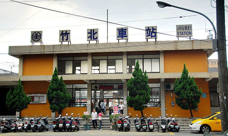 ■台湾の駅1(台北から高雄まで)_e0094583_15555428.jpg