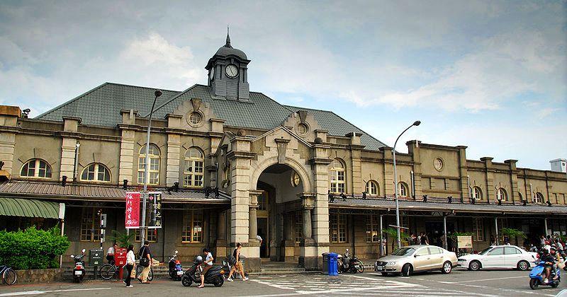 ■台湾の駅1(台北から高雄まで)_e0094583_1556459.jpg