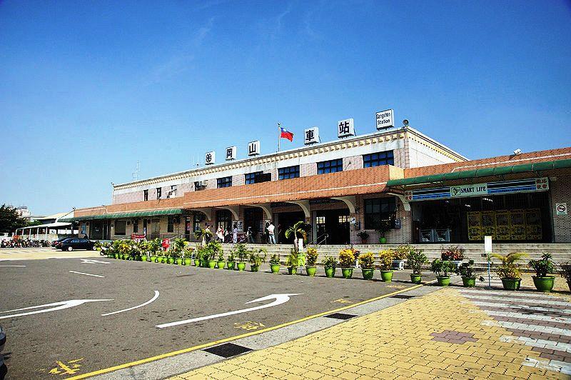 ■台湾の駅1(台北から高雄まで)_e0094583_16262747.jpg