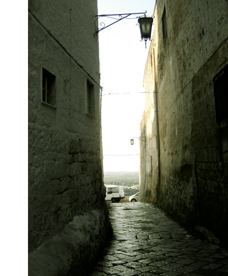 オストゥーニ 1. プーリアへ誘った思い出の町_f0205783_13485648.jpg