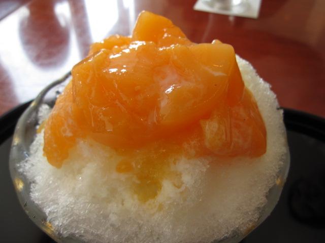 麻布茶房の「夕張メロンミルクかき氷」¥650@平塚市_b0042308_2343253.jpg