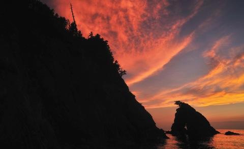 山陰海岸ジオパークの旗をよく見かけ......._b0194185_22144048.jpg