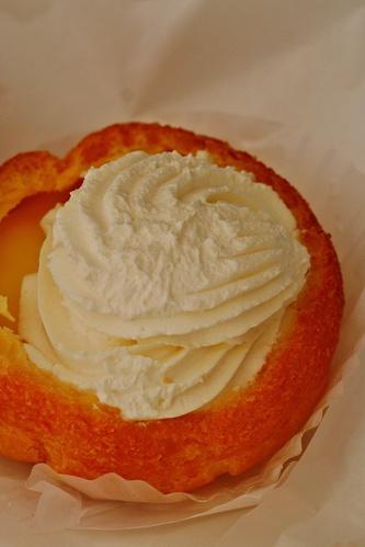 北菓楼小樽本館でシュークリーム食べ比べ_b0048834_1257761.jpg