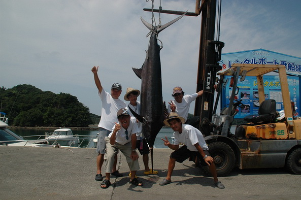 田辺沖で DI艇さんがキャッチしたカジキの詳細情報です。【カジキ・マグロトローリング】_f0009039_1022572.jpg