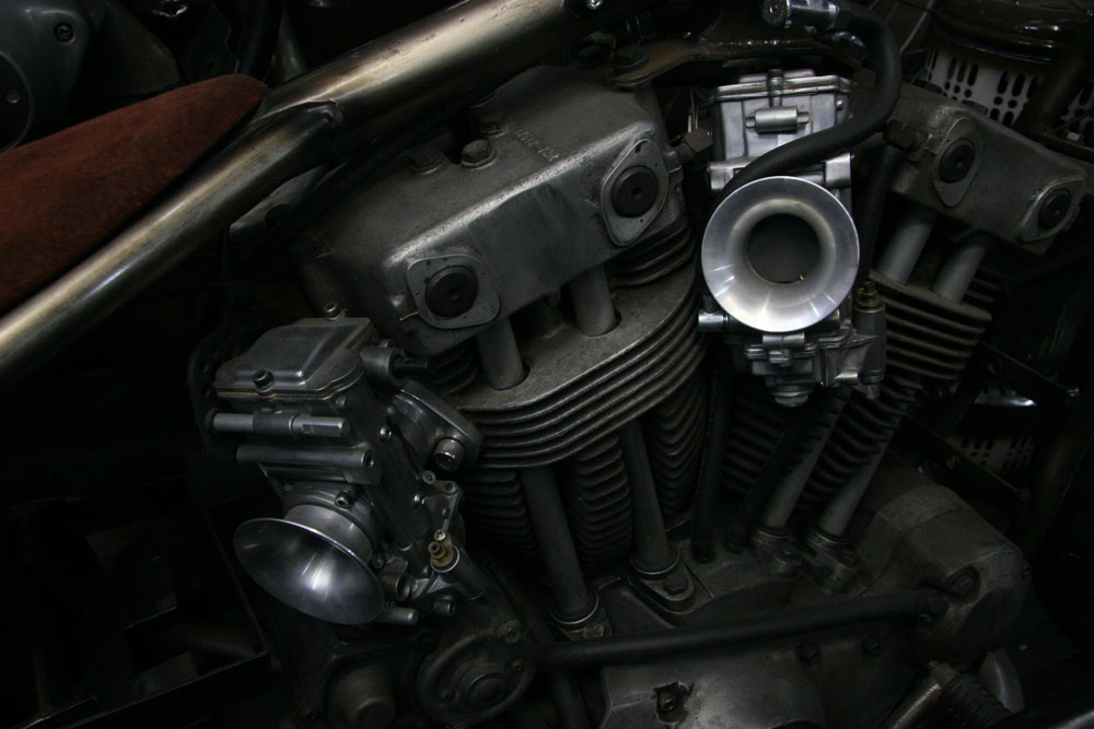 AUTHENTIC MOTOR SERVICE_f0184668_103756.jpg
