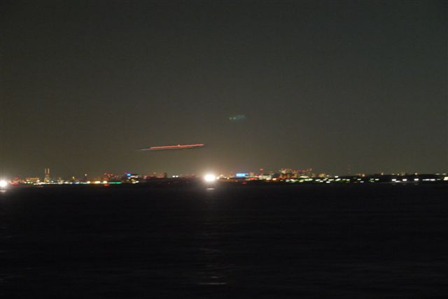 東京湾納涼船で夜の東京湾へいざ出航_b0175688_1210118.jpg