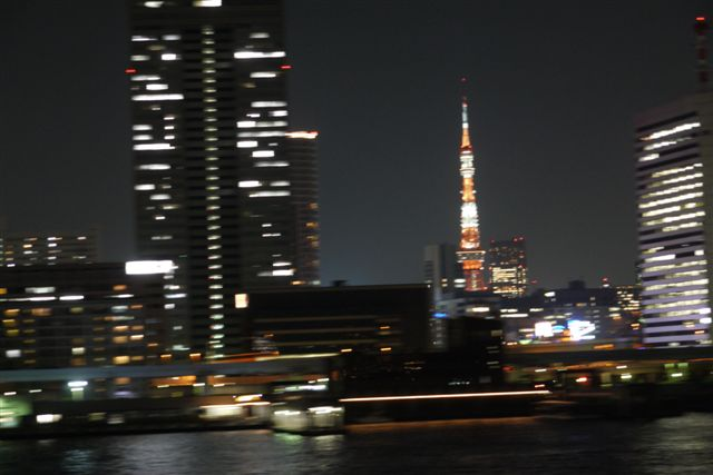 東京湾納涼船で夜の東京湾へいざ出航_b0175688_12105110.jpg