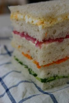 サンドイッチを作る。_d0183440_11525523.jpg