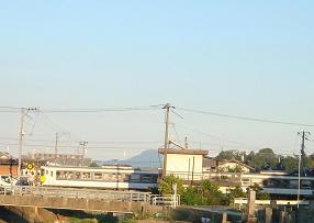 安浦を走る電車の色,やがては…_e0175370_1374039.jpg