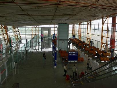 中国出張2010年04月-第一日目-北京空港T3国内便ラウンジ_c0153302_1110552.jpg