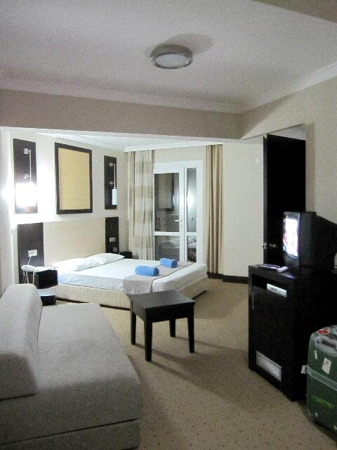 マルマリスのホテル@プリンセス・ヴィラ_d0133225_14303182.jpg