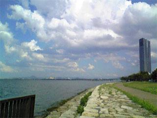 琵琶湖_e0103327_242357.jpg