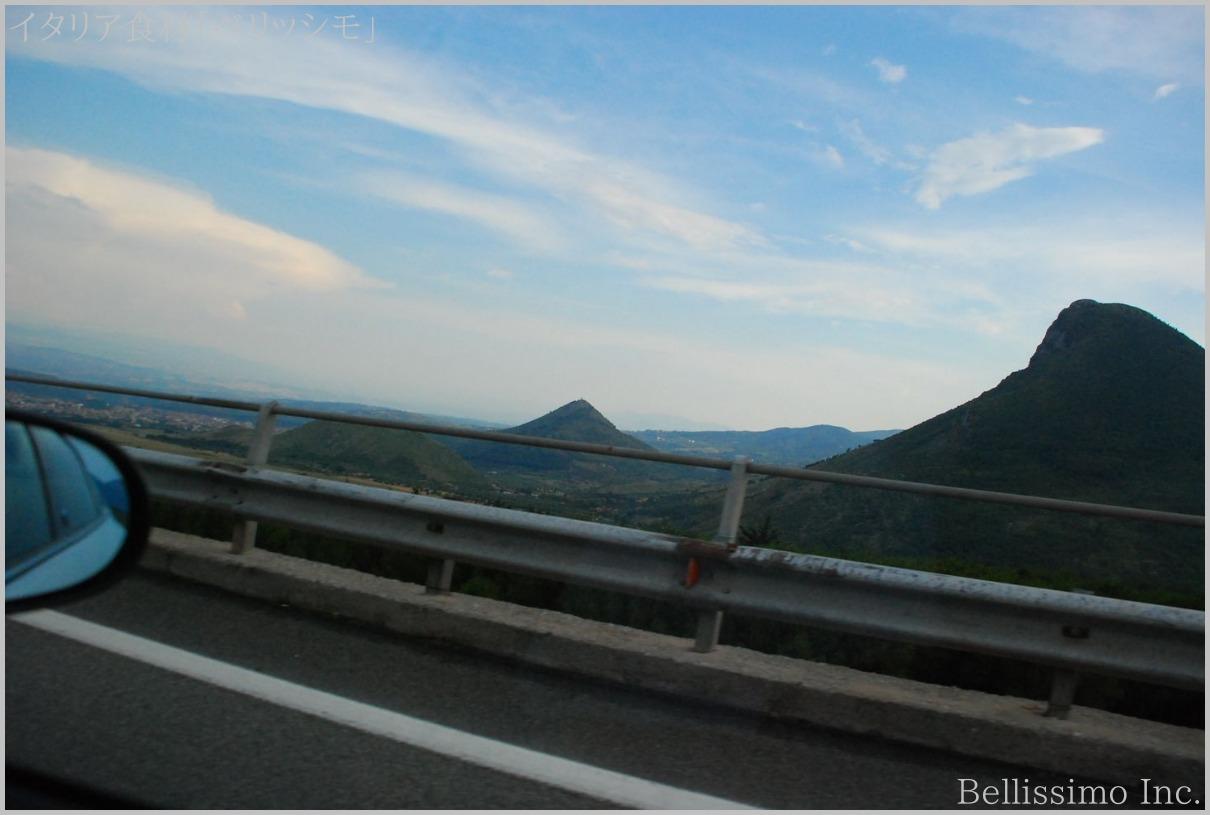 イタリア買い付け旅行 vol.12(8)「南イタリア高速道路」_c0003150_1714013.jpg
