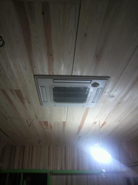 天井と床_e0118649_21481646.jpg